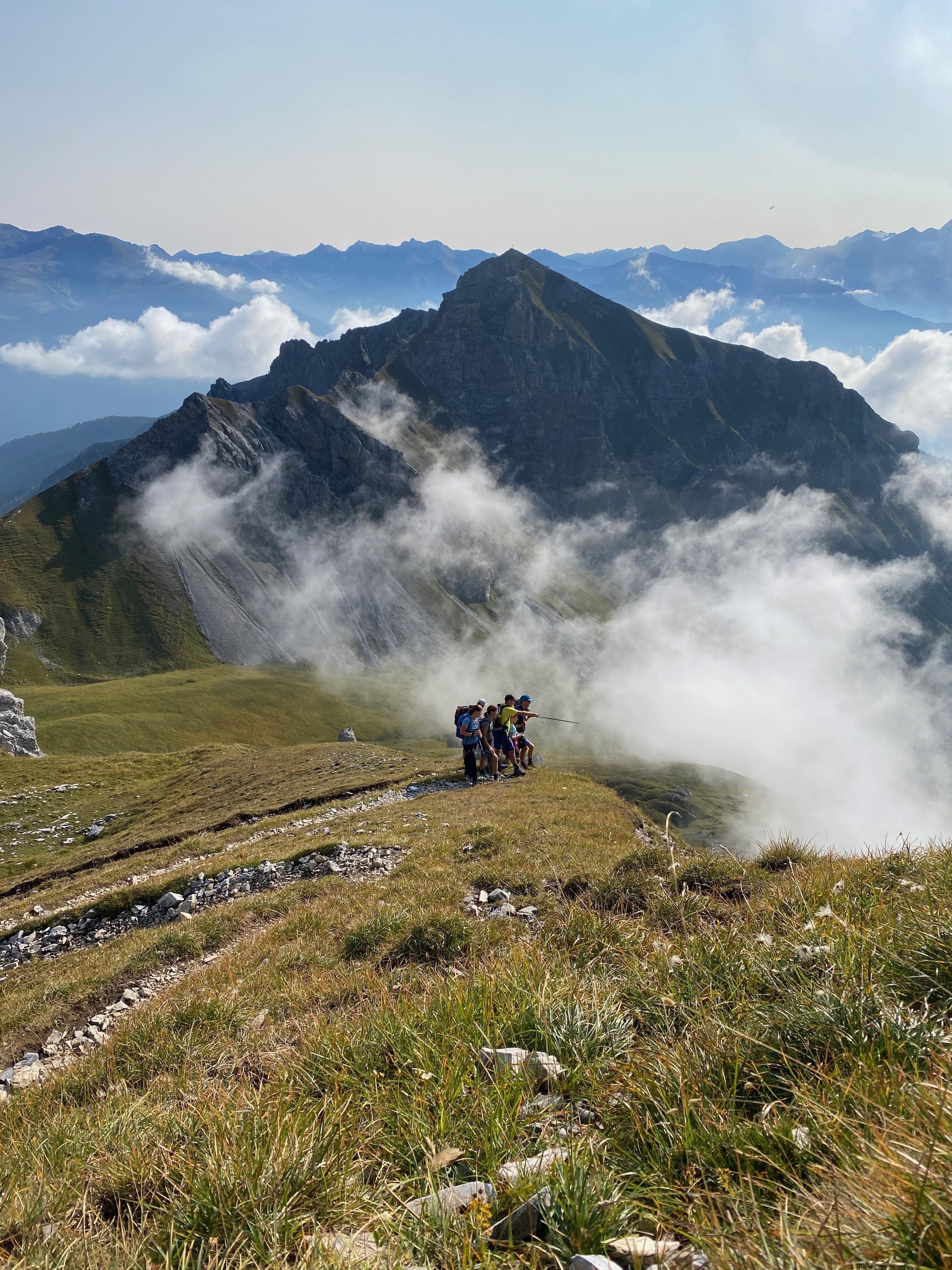 Nachhaltiger Tourismus nach COVID-19: Implikationen für touristische Destinationen