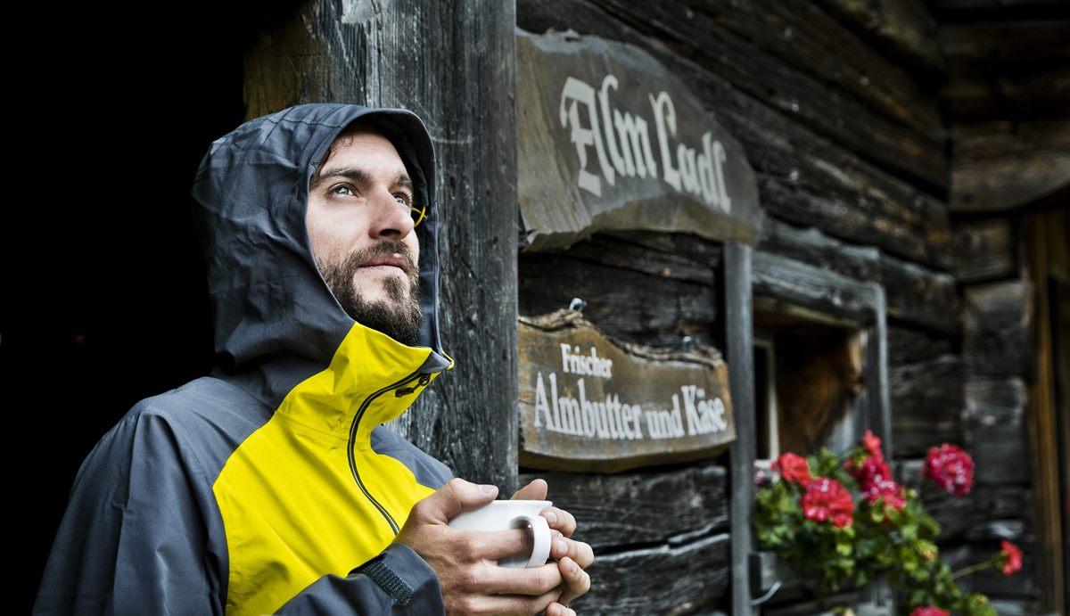 Sozi-ökonomische Nachhaltigkeit von Familienunternehmen im Tiroler Tourismus: Zukunftsmodell für den Hauptquellmarkt Deutschland?